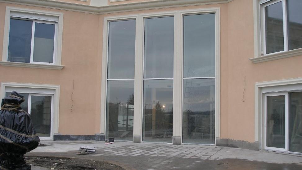Панорамны окна